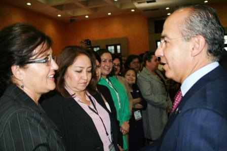Anna O'Leary meeting Mexican President Calderon in 2010